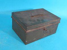 C. 1900 Wolff Fording & Co Theatrical Make Up Kit w/ Original Tin Box