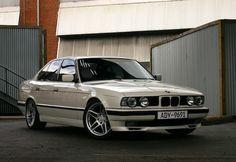 1992 BMW M5 2.8L