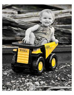 New Ideas For Tonka Truck Birthday Party Kids Construction Birthday Parties, Construction Theme, 2nd Birthday Parties, Birthday Ideas, Construction Business, Boy Birthday Pictures, Photo Ideas, Picture Ideas, Tractor Birthday