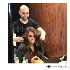 Mutlu yüzler mutlu saçlar ile hafta sonuna başlamak gibisi yok!  #HandeHaluk #ulus #zorlu #zorluavm #zorlucenter #hair #hairstyle #hairoftheday #hairfashion #hairlife #hairlove #hairideas #hairsalon #hairstylists #hairinspiration #hairtrends #Aveda #avedahair #avedahaircut #avedahairstylist #avedahairstyle #avedahairsalon #AvedaSalon
