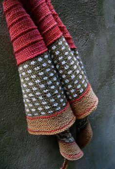 Ravelry: Checkered Shawl pattern by Erika Flory
