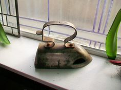 Large Antique Sad Iron Laundry Room Decor Clothes Iron