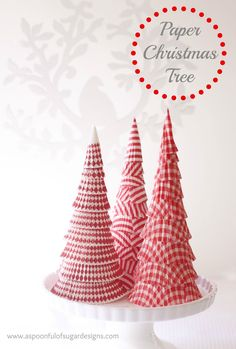 Paper Christmas Trees made from cupcake holders! Such a cute idea! (via @A Spoonful of Sugar)
