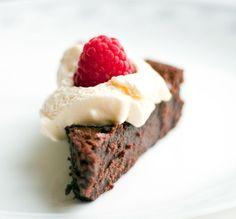 10 Great Gluten-Free Flourless Chocolate Cake Recipes