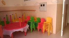 Sillas y mesas guardería