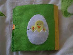 Triinu tuhat toimetust:  tegelusraamat/ quiet book: chicken + egg finger puppet page
