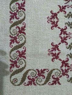 Butterfly Cross Stitch, Cross Stitch Heart, Simple Cross Stitch, Cross Stitch Borders, Cross Stitch Alphabet, Cross Stitch Flowers, Cross Stitch Designs, Cross Stitching, Cross Stitch Embroidery