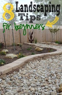 You are able to update your front yard design with the addition of shrubs, walkways, gardens to allow it to be colorful. It gives a clean and fresh appearance. #LandscapingIdeasforFrontYard