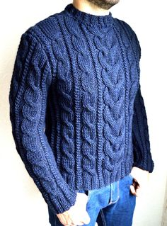 Hand knitted men's sweater Always aspired to discover ways to knit, although undecided where to begin? This kind of Absolute Beginner Knitting Line. Knitting Blogs, Knitting For Beginners, Lace Knitting, Knit Crochet, Knitting Patterns, Mens Cable Knit Sweater, Men Sweater, Cozy Sweaters, Pulls