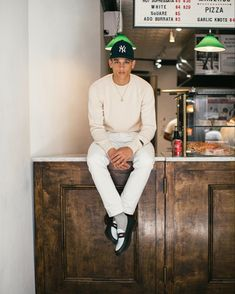 Aimé Leon Dore Launches Italian-Crafted Denim & Cashmere Capsule: Plus new colorways of the ALD Penny Loafers and New Era Yankee Hats. Outfits With Hats, Casual Outfits, New Era Yankees, Aime Leon Dore, New Era Hats, Outfit Grid, Penny Loafers, Cashmere Sweaters, Streetwear Fashion