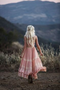 Be a Pioneer – Ready Gypset Go Bohemian Chic Fashion, Tribal Fashion, Look Fashion, Bohemian Style, Boho Chic, Estilo Hippie, Hippie Boho, Mode Boho, Boho Look