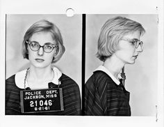 Margaret Leonard, 1961 Margaret, a 19 year old student at Sophie Newcomb College, was the first white Southerner to participate in the Freedom Rides. Her mother, a progressive columnist for the. Women In History, Black History, Great Women, Amazing Women, Brave, Freedom Riders, Civil Rights Movement, Interesting History, Before Us
