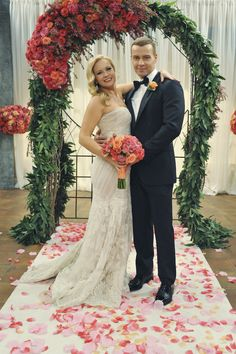 Melissa  Joey Wedding, LOVE her dress! Where is it from?!