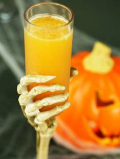 R.I.P. - vanilla vodka, pumpkin spice liqueur, & orange juice #Halloween #cocktails