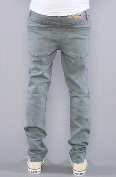 Title  The Tight Jeans in Tint On Light Blue Wash 709538007