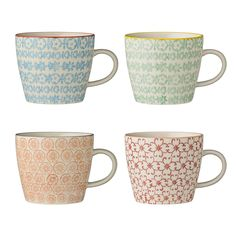 Combining traditional Danish home design with minimalist Scandinavian functionality. The Carla Patterned Stoneware Mugs from Bloomingville are like Minimalist Scandinavian, Scandinavian Design, Best Coffee Mugs, Coffee Cups, Stoneware Mugs, Motif Floral, Mugs Set, Matcha, Mugs