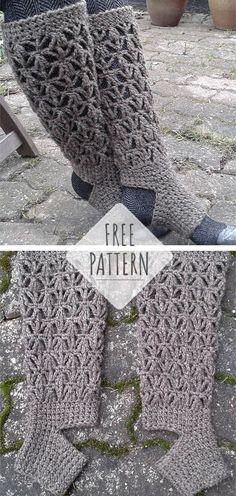Crochet socks free pattern worsted weight ideas for 2019 Knitting For BeginnersCrochet For BeginnersCrochet Hair StylesCrochet Bag Diy Tricot Crochet, Crochet Sock Pattern Free, Beau Crochet, Crochet Slippers, Crochet Gifts, Crochet Stitches, Free Crochet, Free Pattern, Easy Crochet Socks