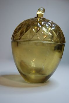 little amber glass acorn - a dish with a lid