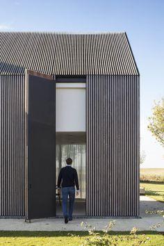 Residence VDB Sint Martens Latem // Govaert & Vanhoutte Architects