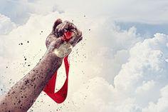 El éxito llama al éxito: Crea una mentalidad ganadora. En determinadas ocasiones tendemos a sentirnos débiles y que no podemos lograr sueños u objetivos. ¿A qué se debe este posible pesimismo? ¿Podemos cambiarlo?Es muy común exponernos ante situaciones donde creemos que algo nos inspira a luchar por alcanzarlo y con el tiempo nuestras fuerzas se van diluyendo y terminam... [seguir leyendo en http://blog.fatimabril.es/2013/04/el-exito-llama-al-exito-crea-una-mentalidad-ganadora.html?m=0]