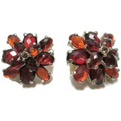 Rhinestone Earrings Amber Vintage Tiered Faceted Orange Burnt Red for... (430 CZK) ❤ liked on Polyvore featuring jewelry, earrings, vintage red earrings, vintage amber jewelry, vintage teardrop earrings, orange earrings and oval earrings