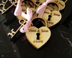 40 Heart and Key Wedding Favors by EtchedinTimeLLC on Etsy, $40.00