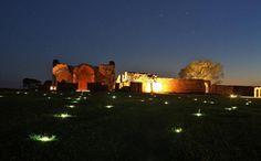 Ruinas Jesuiticas de noche, Paraguay fotografia: SENATUR