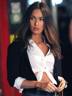 Megan Fox Channels Super Sexy Schoolgirl on 'TMNT Set!: Photo Megan Fox shows off her fit figure while arriving at a hair salon on Monday (June in West Hollywood, Calif. Last week, the actress rocked a sexy… Megan Fox Body, Megan Fox Style, Megan Denise Fox, Megan Fox Pictures, School Girl Outfit, Celebs, Celebrities, Woman Crush, Girl Crushes