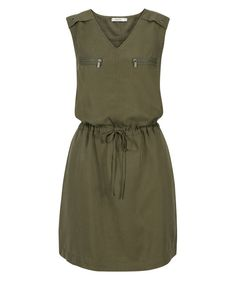Discover thousands of images about Tencel Drawstring Cargo Dress, Fern Linen Dresses, Modest Dresses, Cute Dresses, Short Dresses, Summer Dresses, Simple Outfits, Simple Dresses, Casual Outfits, Dress Outfits