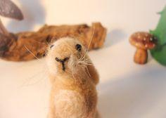 Needle Felted Animal Needle Felted Hare fête cadeau par madamecraig