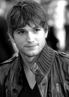Ashton Kutcher ( February 7, 1978) is an American actor and investor. Kutcher began his career as a model and began his acting career portraying Michael Kelso in the Fox sitcom That '70s Show, which aired for eight seasons.