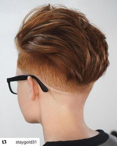 Natural red hair is breathtaking. It is a color that can't be replicated and makes short hair look stunning and unique. Although some of us aren't bor... Shaved Pixie, Shaved Nape, Natural Red Hair, Natural Curls, Hairstyle Look, Cute Hairstyles, Hairstyle Ideas, Short Red Hair, Short Hair Cuts