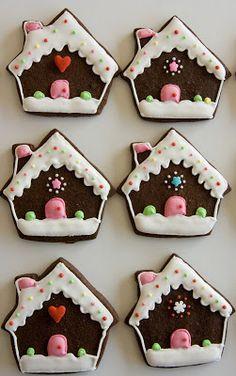 Xocolat and co: Galletas decoradas de Navidad (I) Christmas Sugar Cookies, Holiday Cookies, Christmas Candy, Christmas Baking, Gingerbread Cookies, Meringue Cookies, Biscotti Cookies, Iced Cookies, Cupcake Cookies