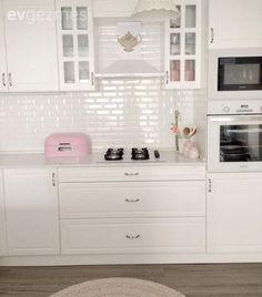 Kitchen, Pink, Kitchen accessory, American kitchen, White kitchen - New Design Unique Home Accessories, Kitchen Accessories, American Kitchen, Home And Deco, Kitchen Pantry, Home Decor Styles, Home Decor Bedroom, Home Accents, Modern Decor