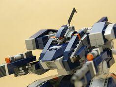 レゴロボ企画「LEGO MECH WARS」投稿用に制作した作品です。空戦タイプのロボットに仕上げて...
