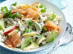 Pizza Pasta Salads, Veggie Pasta, Asparagus Pasta, Lemon Pasta, Easy Salad Recipes, Pasta Recipes, Healthy Recipes, Shaved Brussel Sprout Salad, Classic Salad