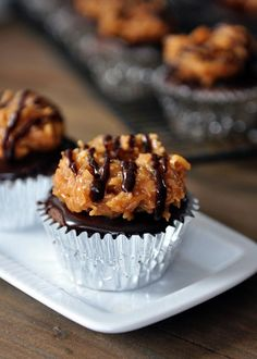 Samoas Cupcakes @Mel {Mel's Kitchen Cafe} -- I've died and gone to Girl Scout heaven. ;) Lol.