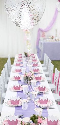 lentefeest of communiefeest tafeldecoratie en kleurrijk thema inspiratie tafeldekking All Tomorrow's Parties, Grad Parties, Birthday Parties, Ben And Holly, Sprinkle Party, Disney Princess Party, 1st Birthday Girls, Birthday Ideas, Party Table Decorations