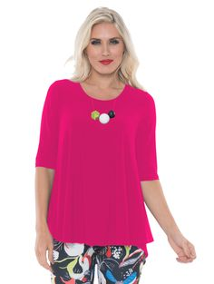 cc491fff9273f9 Alisha.d Top features a lovely neck line and trendy high low hem.