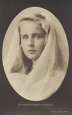 Queen Marie of Romania Gallery - Princess Elisabeth of Romania. Elisabeth of Romania (Elisabetha Charlotte Josephine Alexandra Victoria; 12 October 1894 – November was the wife of King George II of Greece, from 1921 to Old Photos, Vintage Photos, Romanian Royal Family, Princesa Elizabeth, King George Ii, Peles Castle, Royal Families Of Europe, Elisabeth Ii, Time Pictures