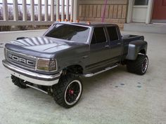 my custom ford dually 4x4 - R/C Tech Forums