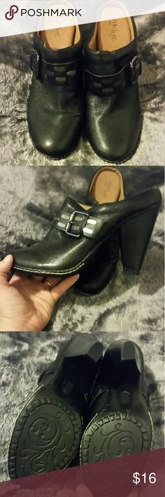 Euro Soft by Sofft Buckle Heels! Euro Soft by Sofft Buckle Heels! Goes fantastically with a pair of jeans. Perfect way to dress up and still be comfortable. Could seriously work all day in these shoes! Little to No Damage, Size 11M. Sofft Shoes Heels