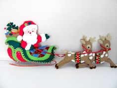 Vintage Christmas Felt Wall Hanging Handmade by ThirstyOwlVintage