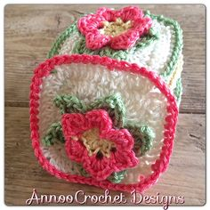 Field of Flowers Vintage Granny by Annoo Crochet ~ photo tutorial free pattern  (Be sure and follow the photo's of the directions, it's easier that way)