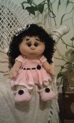 Erika Knitted Dolls, Erika, Crochet Hats, Teddy Bear, Fashion, Knitting Hats, Moda, Fashion Styles, Teddy Bears