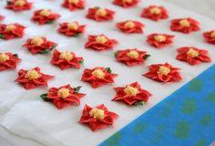 Royal Icing Poinsettias 14