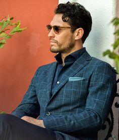 Calle Del Sol. Shot on location in Old San Juan featuring smooth business casual shirts and our relaxed Italian tailored clothing.