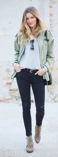 Army Jacket Outfit Idea