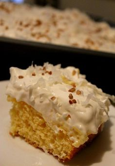 Ingredients  1 box of sugar-free yellow cake mix 1 can (21 oz) of crushed pineapple, with juice drained and reserved 1 (8 oz) pkg of low fat cream cheese 1 pkg instant sugar-free vanilla pudding 1 cup milk 1 container of low fat/sugar free Cool Whip shredded coconut chopped pecans - See more at: http://www.momspantrykitchen.com/aloha-paradise-cake.html#sthash.LpqbS2Dm.dpuf
