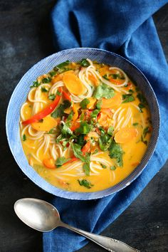 suppen On a regular basis Thai Soup Easy Soup Recipes, Casserole Recipes, Meat Recipes, Seafood Recipes, Asian Recipes, Chicken Recipes, Cooking Recipes, Healthy Recipes, Ethnic Recipes